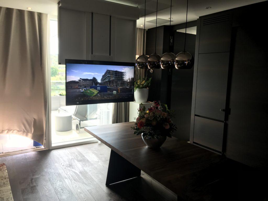 TV-Lift offen