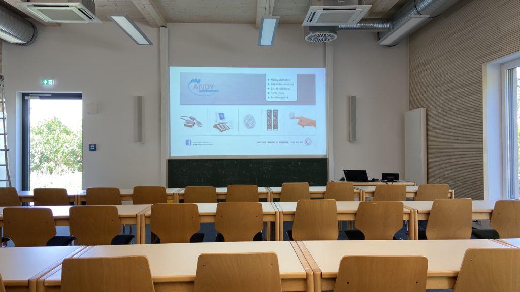 Medientechnik im Hörsaal des Max-Planck-Institut